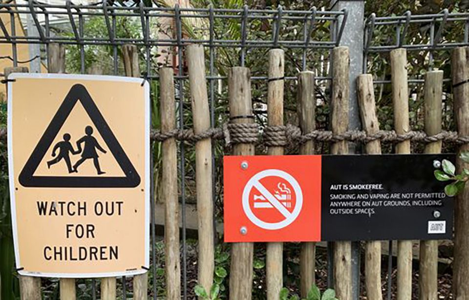 No-vaping signs to be posted across schools in Aotearoa