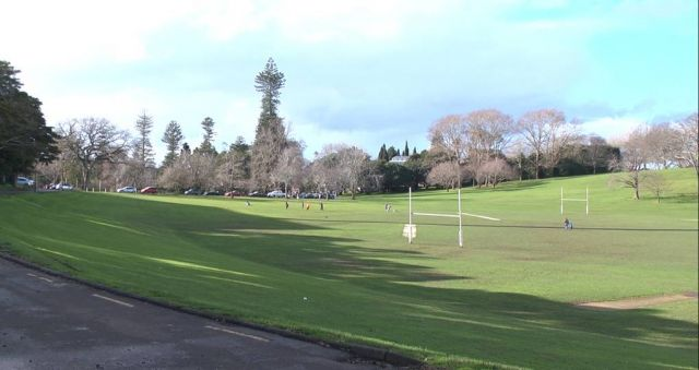 Auckland Domain hot property for homeless
