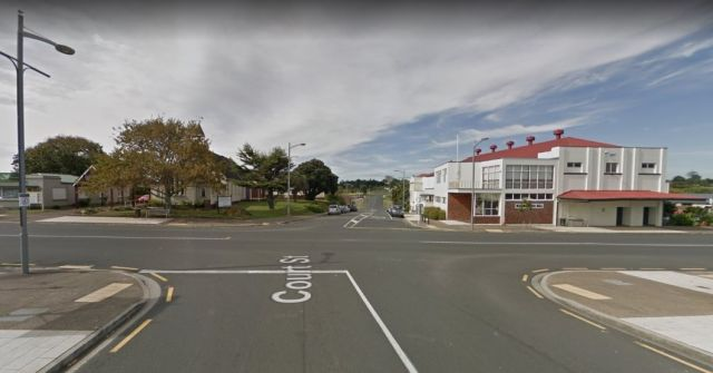 Waiuku residents call for more roundabouts at 'dangerous intersections'