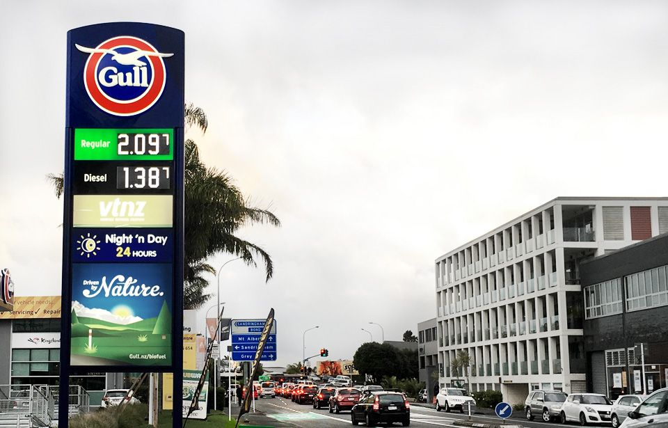 Alarming fuel prices impact University students in Auckland