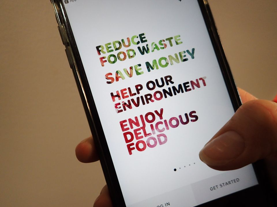 Surge of success for new app tackling cafe food waste with discounts