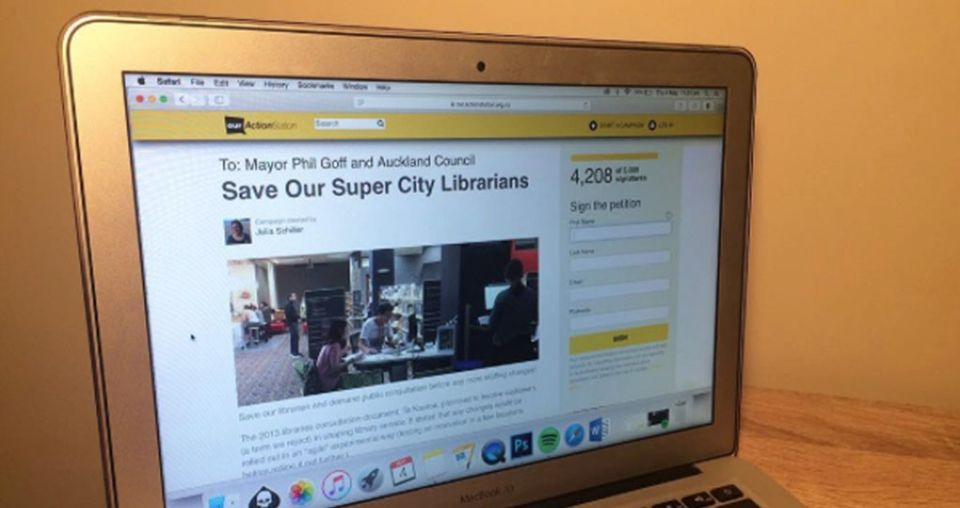 Petition protests against Auckland Libraries restructure